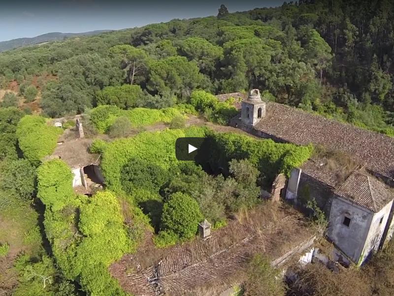 Vila de Cabrela e Convento de Monfurado